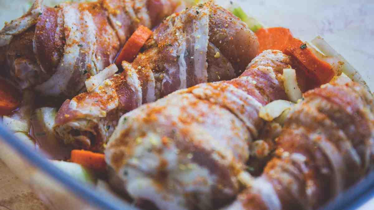 Photo of Receta de Pollo envuelto en tocineta con mostaza y miel