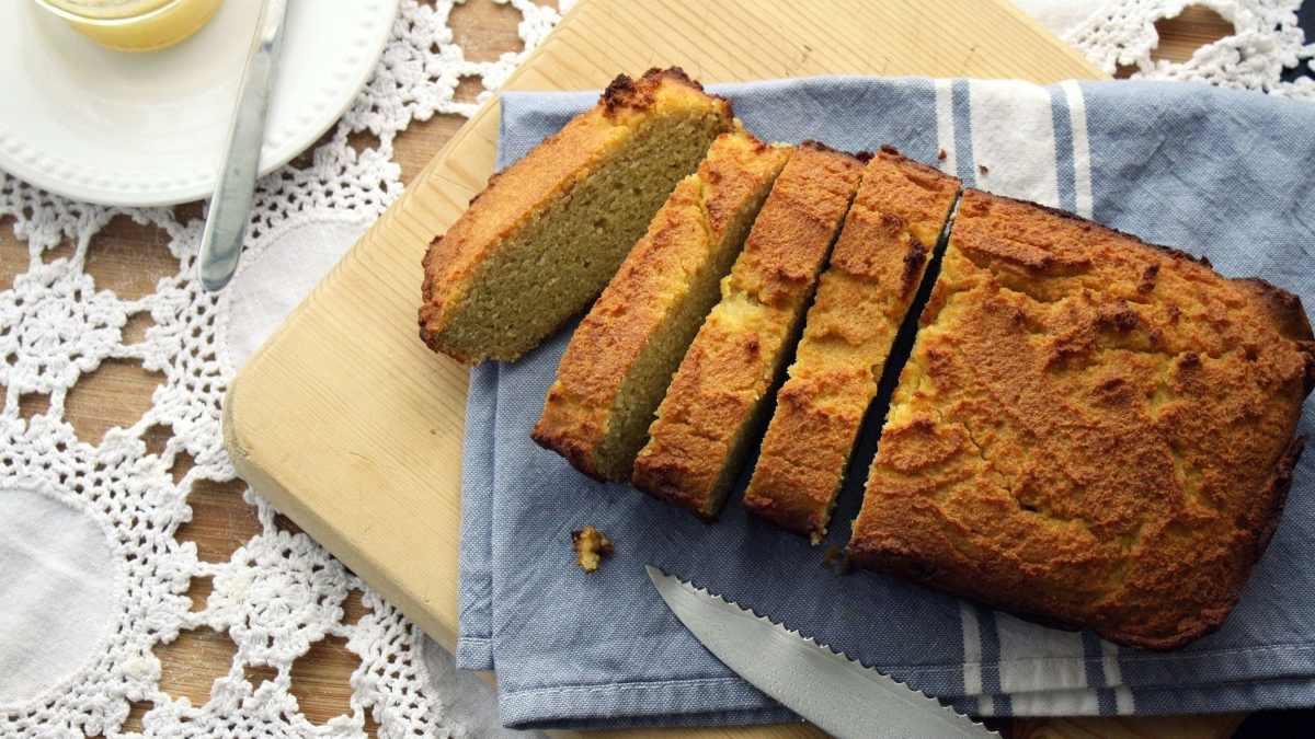 Receta fácil de pan de coco y almendras 1