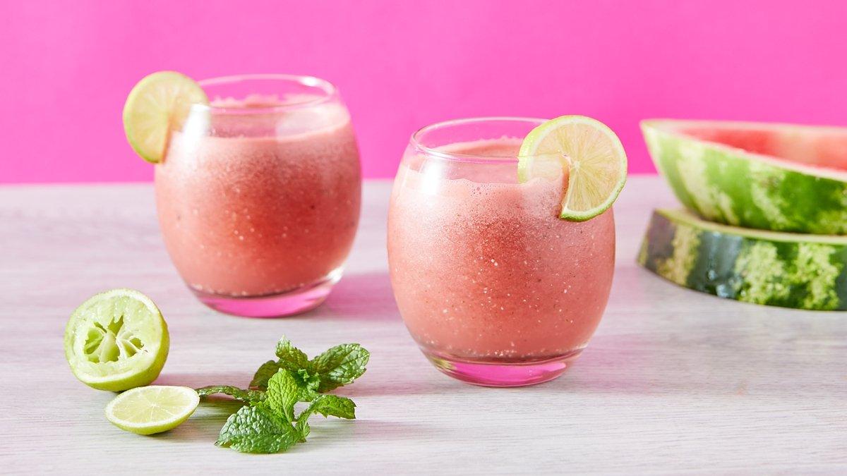 Batidos y smoothies sanos para refrescarte este verano 2020 1