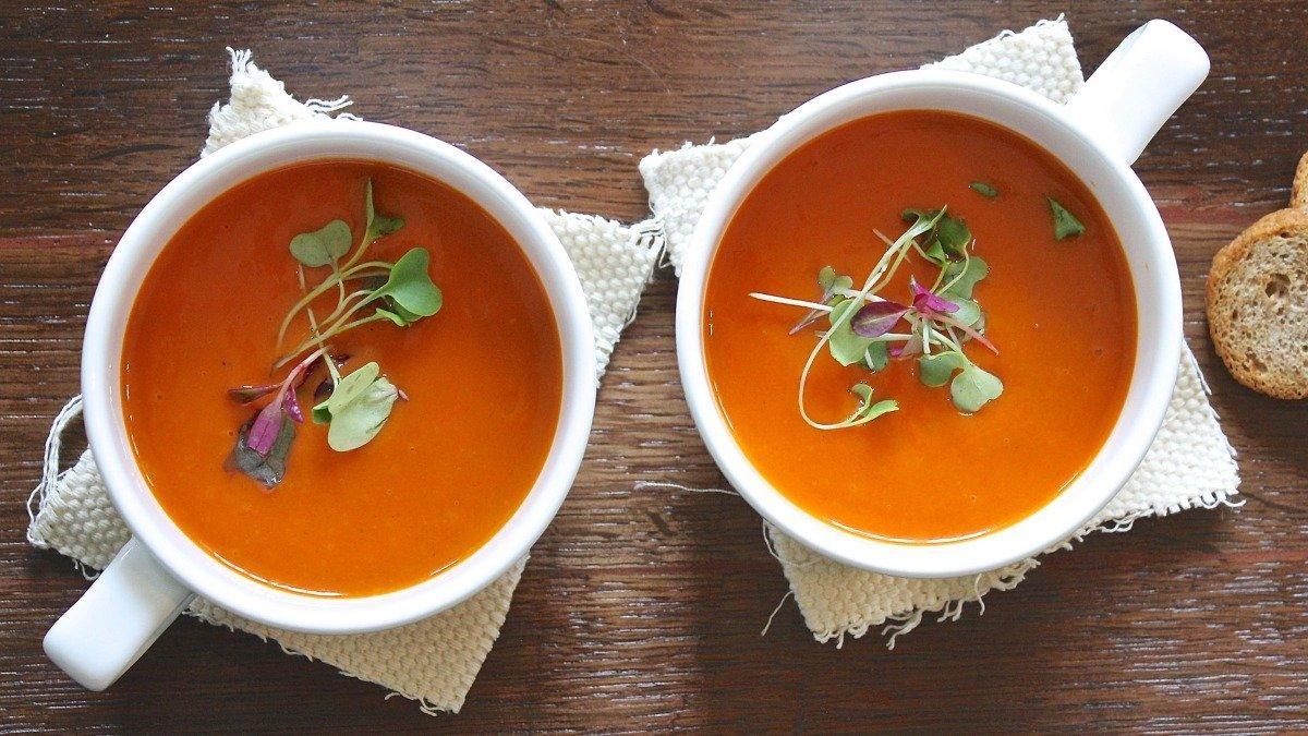 Receta de sopa fría de pepino, sandía y tomate 1