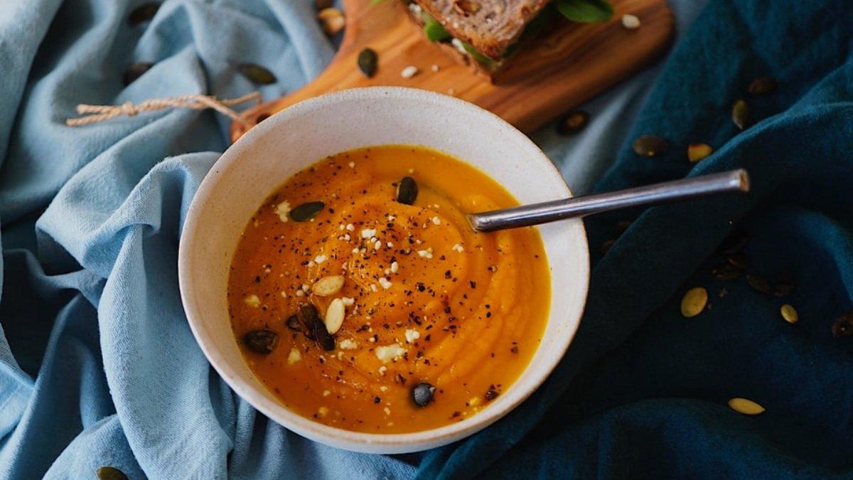 Photo of Receta de sopa fría de zanahoria, jengibre y coco