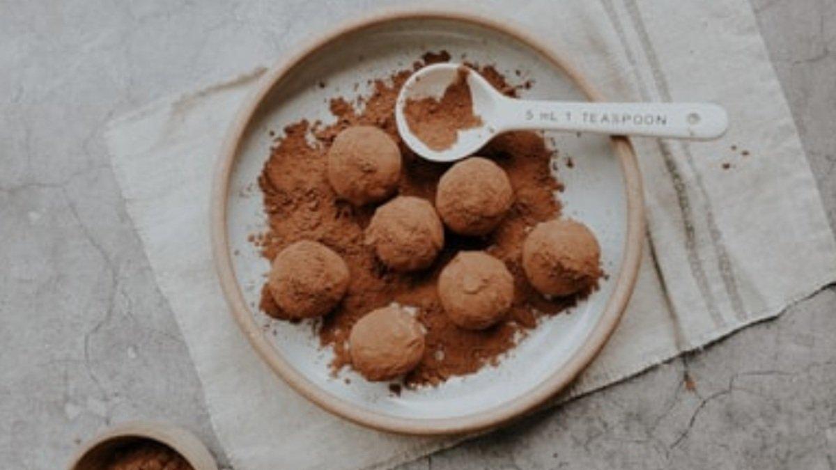 Receta de trufas de chocolate con helado de coco 1