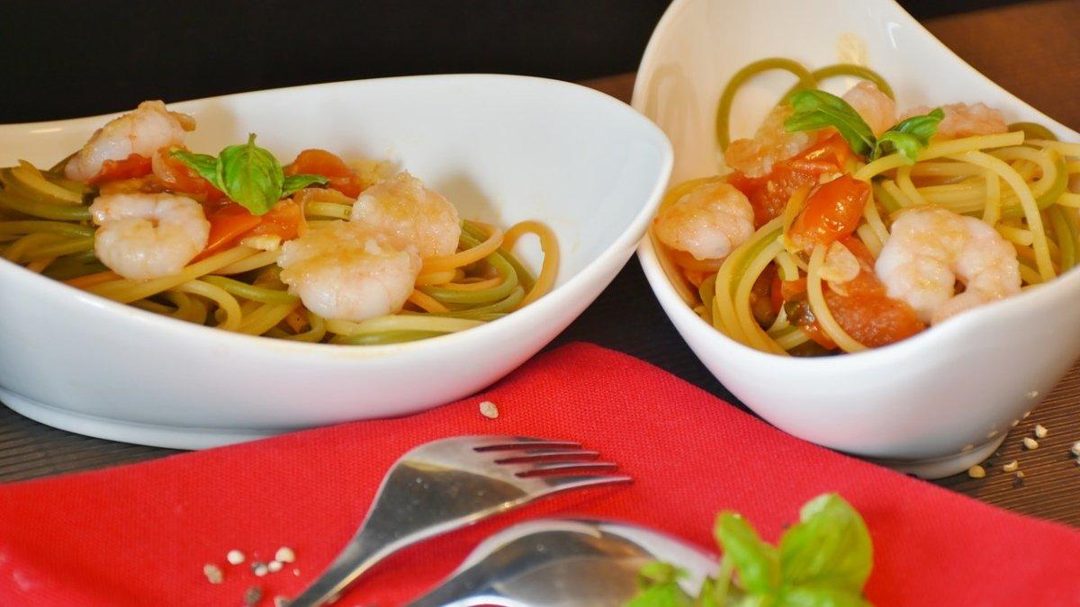 Receta de espaguetis con salsa de langostinos picantes 1