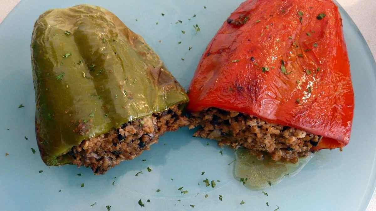 Photo of Receta de Pimientos verdes rellenos de chorizo