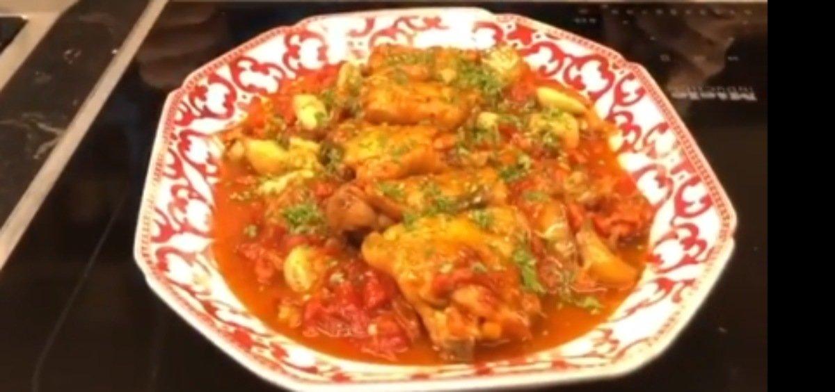 Receta de contramuslos de pollo con ajos y pimientos asados de Chicote 1