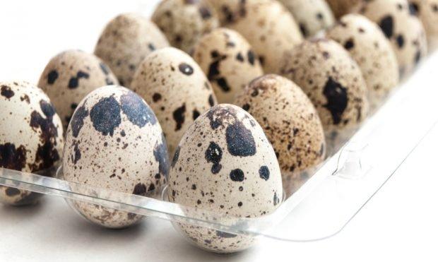 Receta de ensalada de papa con huevos de codorniz