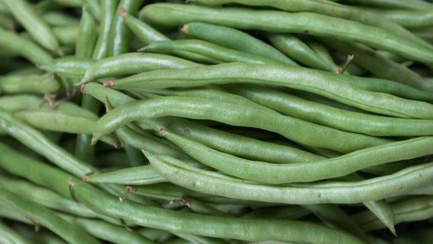 Judías verdes cocidas con ajonjolí