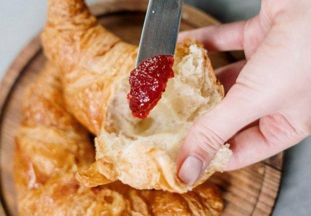 Croissant francés hecho en tu propia cocina