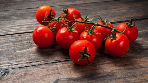 Receta de tortilla de acelgas con tomates cherry