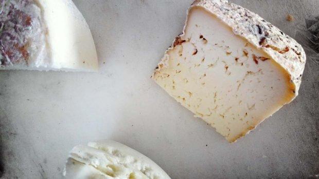 Receta de bizcocho de hojaldre con verduras asadas listo en 10 minutos y queso