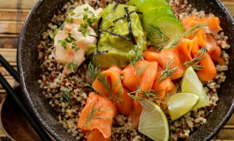 Receta de quinoa con salmón y aguacate 1