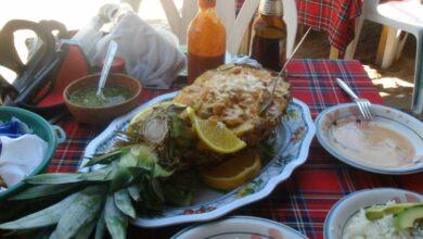Receta de Piña rellena de pollo asado, cítricos y yogur 11
