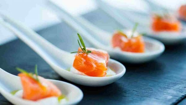 Cómo hacer salmón ahumado en casa y hacerlo jugoso