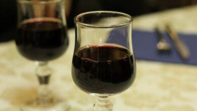 El maridaje perfecto entre platos y vinos para la cena de Navidad 2