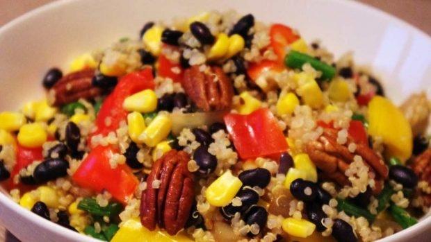 Ensalada de quinua y verduras asadas