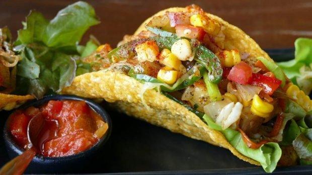 Tacos veganos de garbanzos con soja