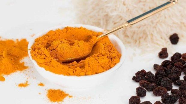 Pollo al microondas al curry, una receta espectacular lista en 10 minutos