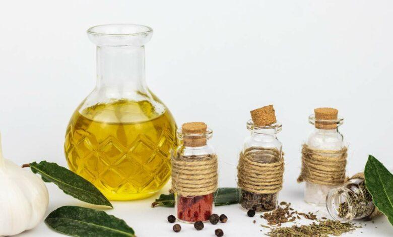 Receta de aceite aromático casero para tus ensaladas 1