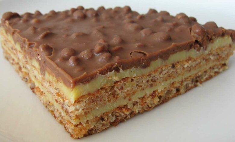 delicioso pastel de barritas de cereal, chocolate y avellanas 1