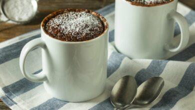 Mug cake vegano de chocolate y almendras 5