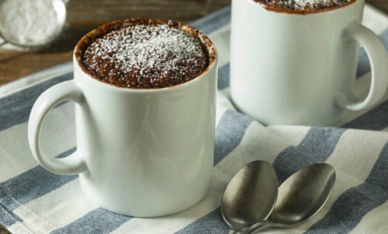Mug cake vegano de chocolate y almendras 1