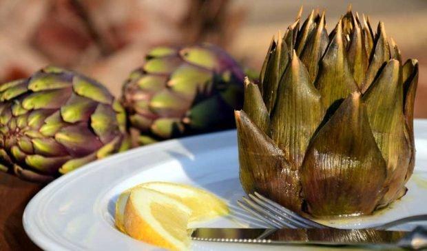 Al cocinar alcachofas