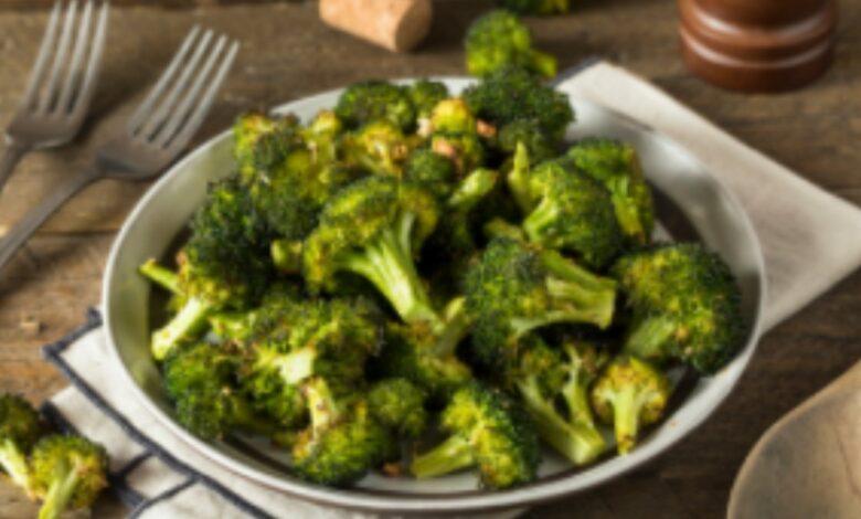 Brócoli al horno con ajo y limón 1