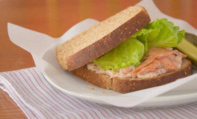 Receta de sándwich de salmón fácil de preparar 1