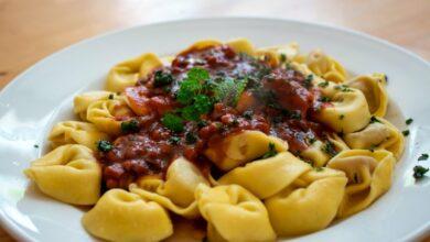 Tortellini con salsa de tomate casera muy fácil de preparar 5