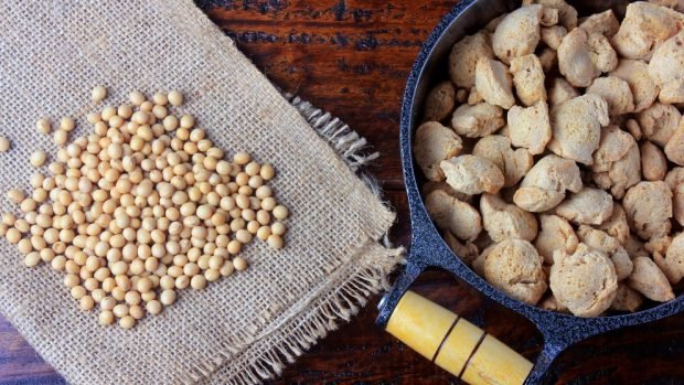 Gyozas veganas con salsa de maní, receta saludable y fácil de preparar