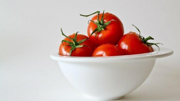 Macarrones con tomate gratinados al microondas, receta rápida y deliciosa