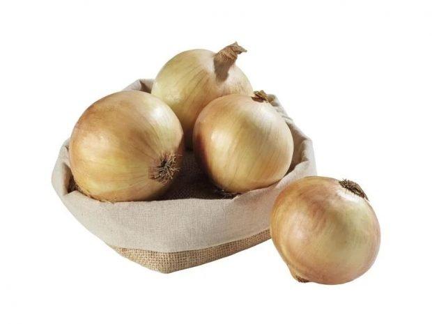 Pastel de acelgas y cebollas, receta de verduras fácil y sana 2