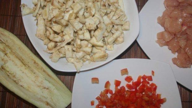 Berenjena picada y pollo