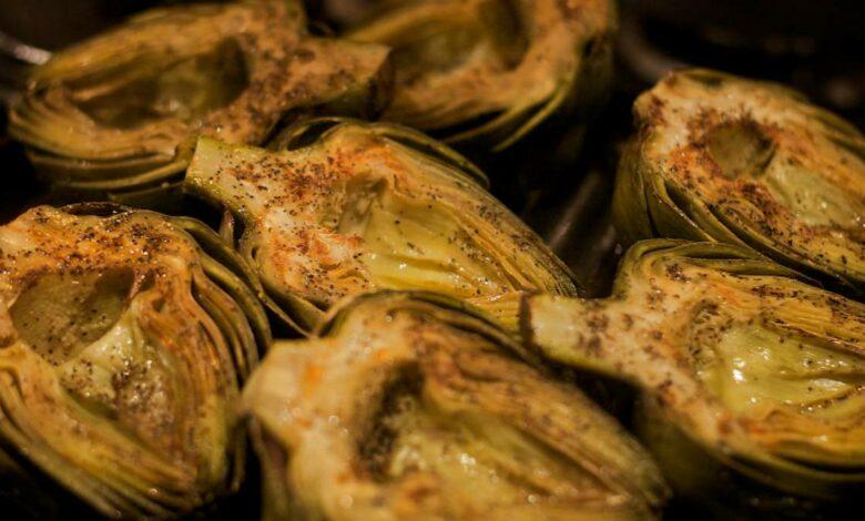 Boniatos y alcachofas asadas, receta de guarnición fácil de preparar 1