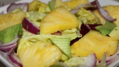 Ensalada de aguacate, piña y mozzarella, receta muy saludable 2