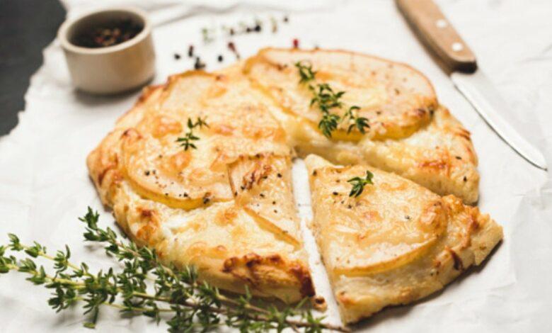 Focaccia de queso y hierbas provenzales, una receta de entrante saludable 1