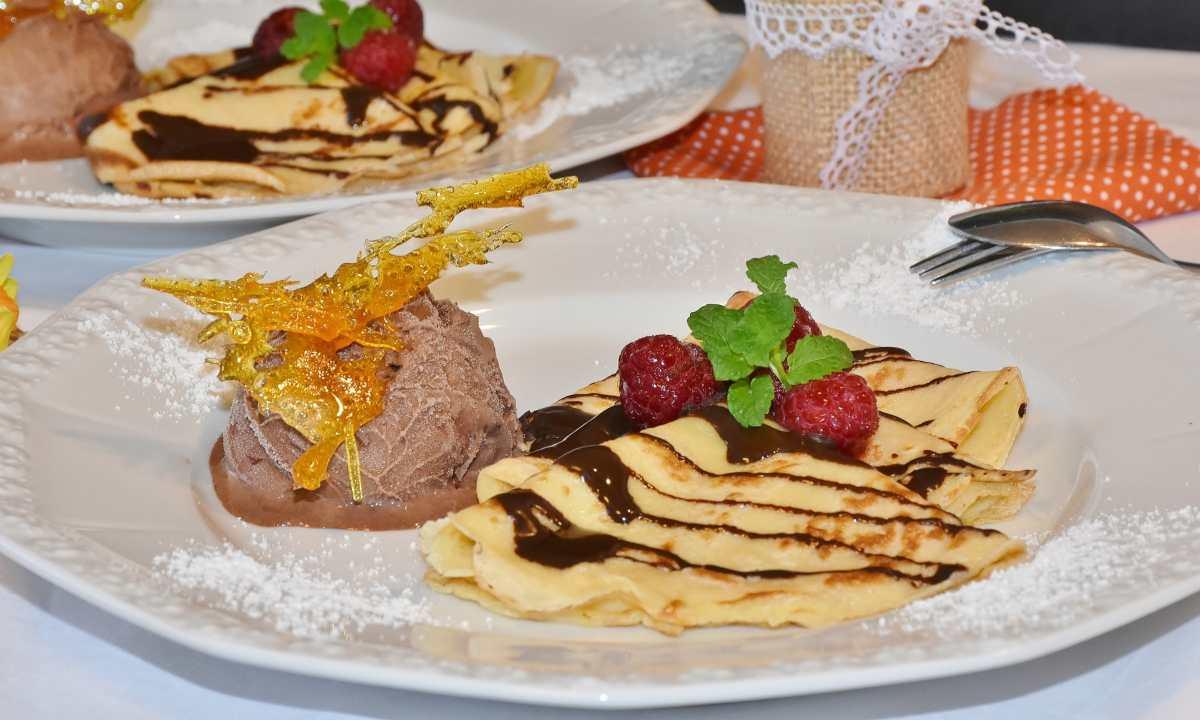 Pastel de crepes con chocolate y menta, receta aromática 1