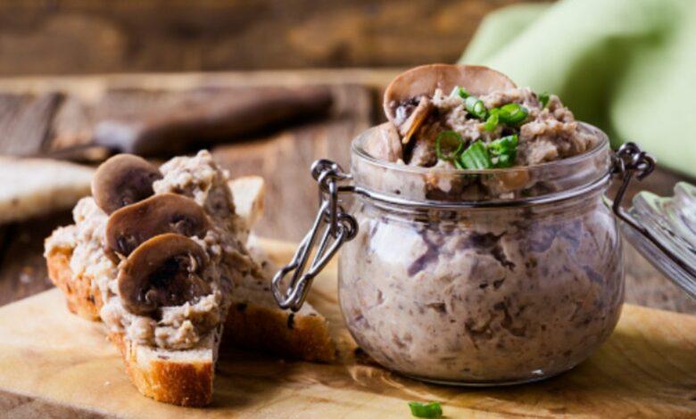 Paté de castañas y setas, receta para un aperitivo fácil y rico 1