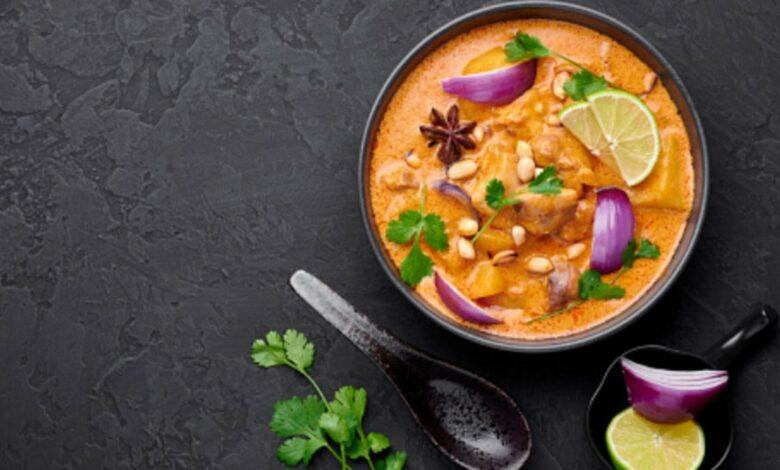 Pollo al curry con anacardos, receta rápida y fácil 1