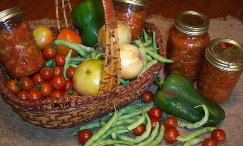 Tomates y pimientos picantes en escabeche, receta fácil 1