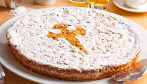 3 recetas originales para preparar un clásico pastel de Santiago