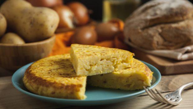 4 recetas de tortilla vegana que te harán olvidarte por completo del huevo