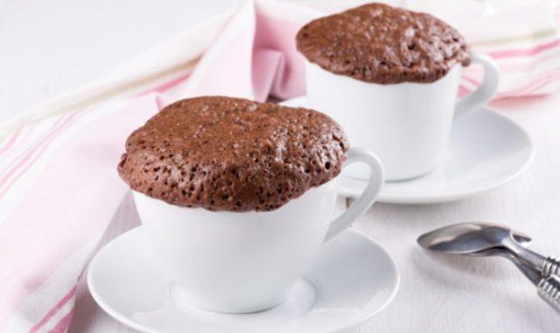 5 recetas de bizcocho de chocolate para preparar un delicioso postre en 5 minutos