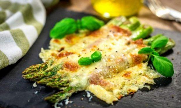 5 recetas de verduras con bechamel para disfrutar de una cena o comida ligera