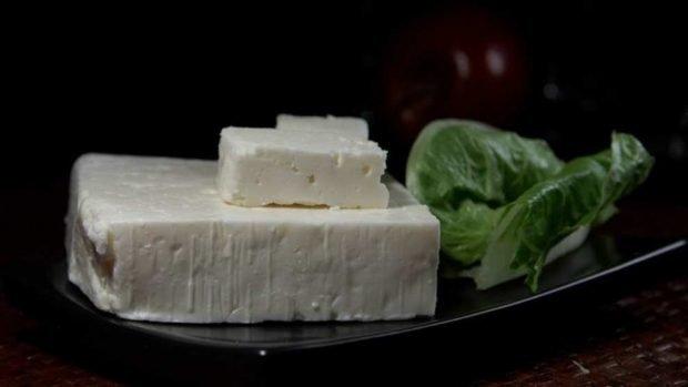 Ensalada griega, una receta tradicional fácil de preparar