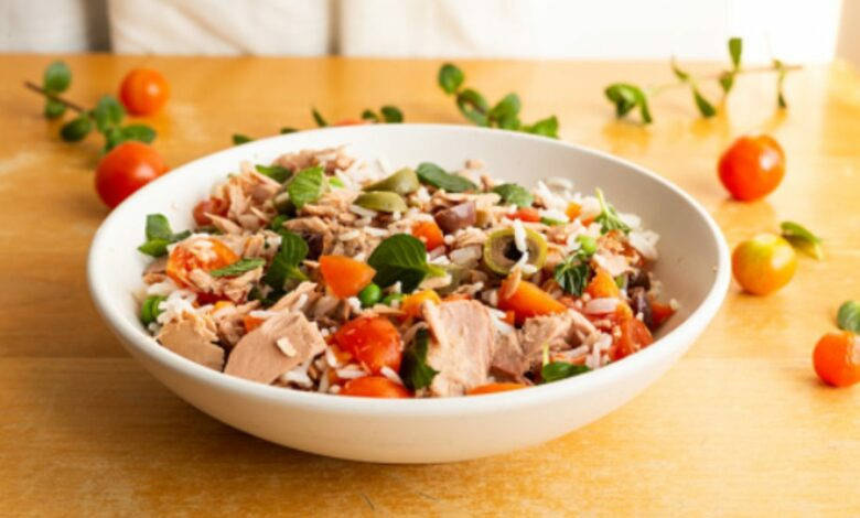 5 ensaladas de atún gourmet para celebrar el día mundial del atún 1