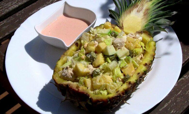 Ensalada Ladies Caprice, con pollo y ananá, una saludable receta 1