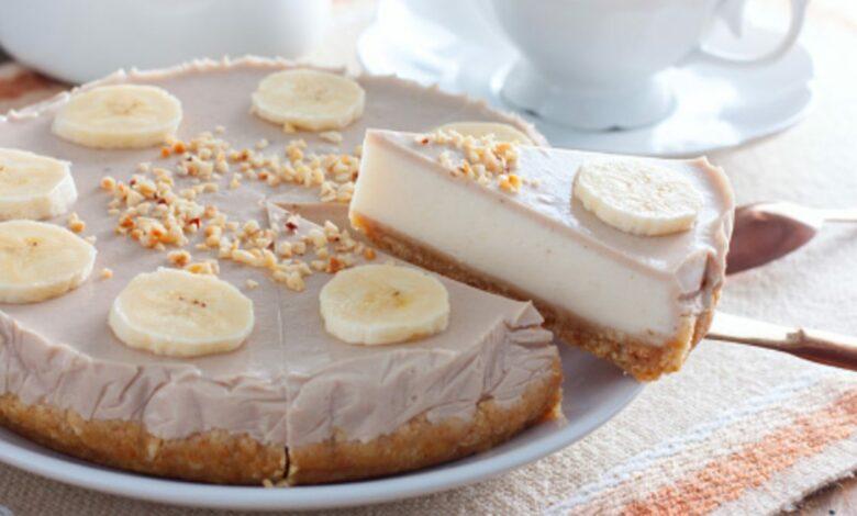 Tarta de chocolate blanco con gelatina de plátano, receta fácil paso a paso 1