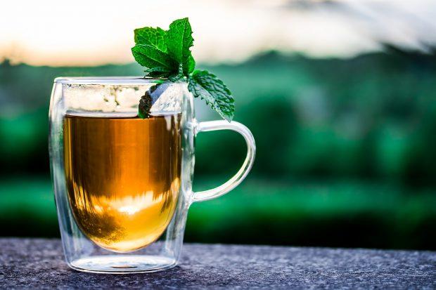 Té verde con menta y los beneficios de la infusión