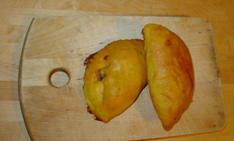 Empanadillas de morcilla y manzana con queso 1